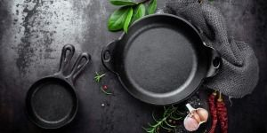5 Foods Cast Iron Pans Are Bad For