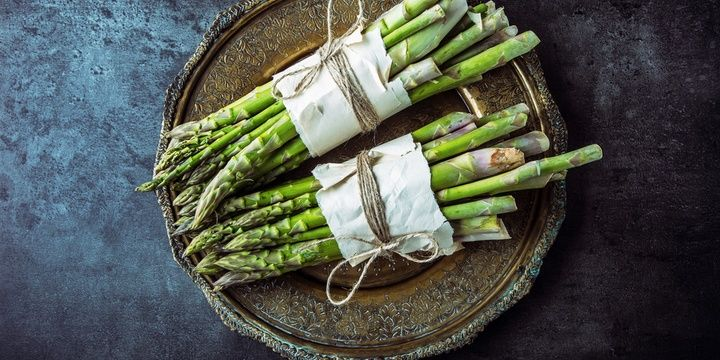 5 Foods for People Who Wish to Live a Long Life Asparagus