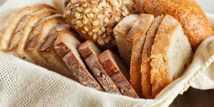 5 Foods Not to Be Stored in a Fridge Bread