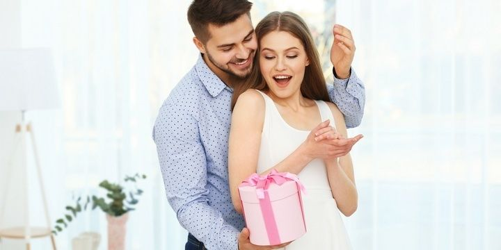 5 Important Things Every Man Should Do to Make His Woman Happy Remember your woman birthday