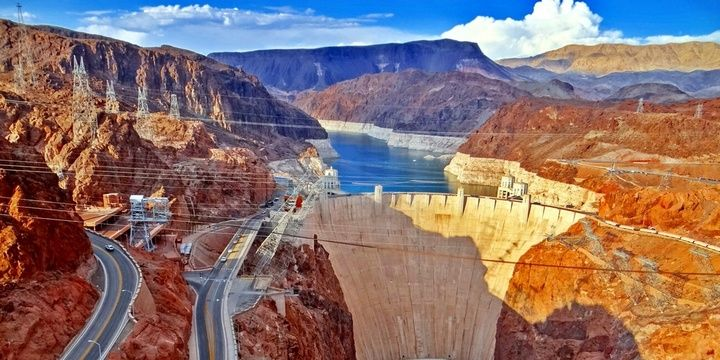 5 Places in Las Vegas That You Should Visit in 2018 Hoover Dam