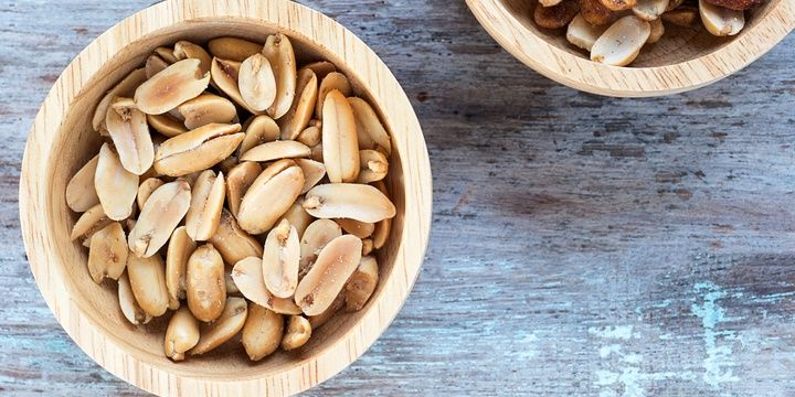 6 Food Alternatives for a Slim and Fit Body Peanuts instead of Pretzels
