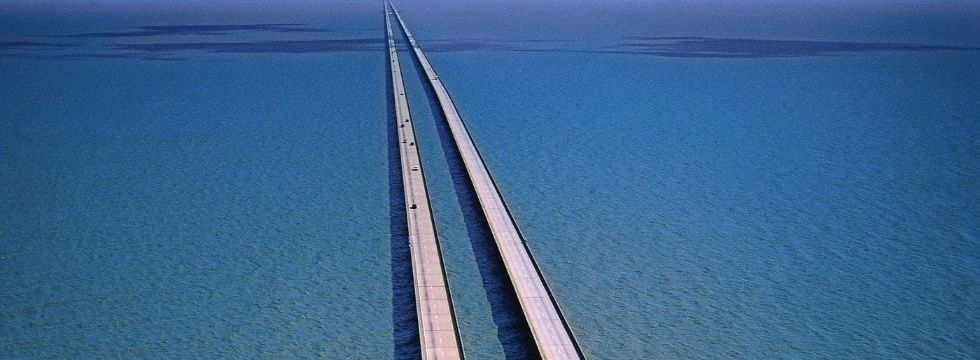 6 Most Breathtakingly Scary Bridges on the Planet Lake Ponchartrain Causeway Bridge Louisiana USA