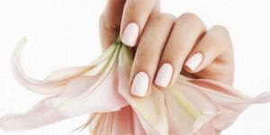 4 Simple Beauty Tips to Help You Repair Your Dry and Damaged Nails